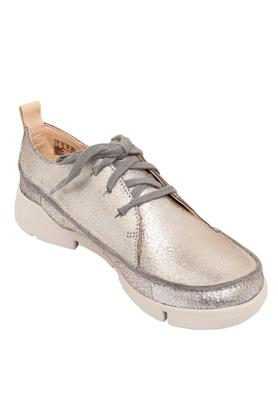 47c24f5f9cafd Buy Clarks Shoes Online India