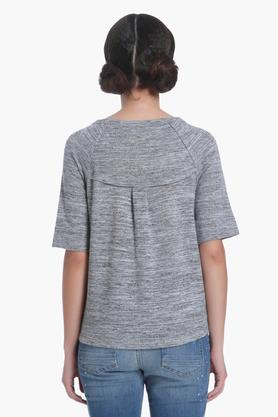Womens Round Neck Self Pattern Top