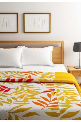 SWAYAM Yellow And Green Leaf Pattern Single AC Comfortor