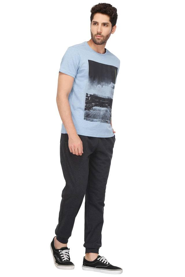 Mens Snug Fit Round Neck Printed T-Shirt