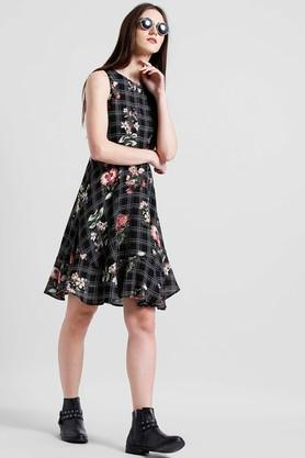 Womens Round Neck Checked Flared Dress