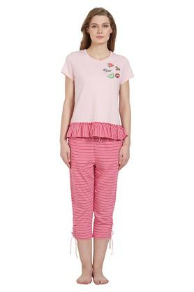 Womens Round Neck Solid Top and Striped Capris