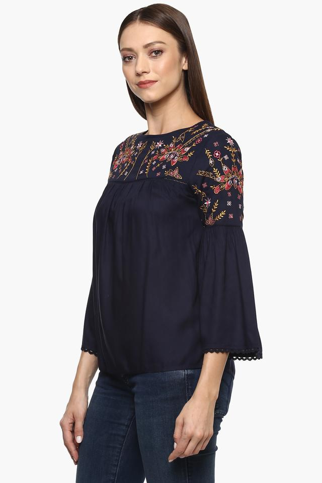 Womens Round Neck Solid Embroidered Tunic