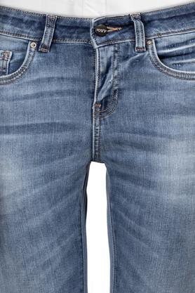 Womens Mild Wash Jeans