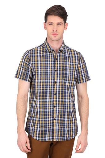 LEE -  YellowShirts - Main