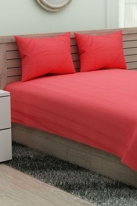 SPACESCotton Striped Single Bedsheet With Pillow Covers