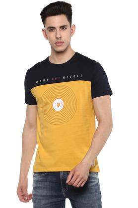 de95319a T-Shirts for Men - Avail upto 60% Discount on Branded T-Shirts for ...