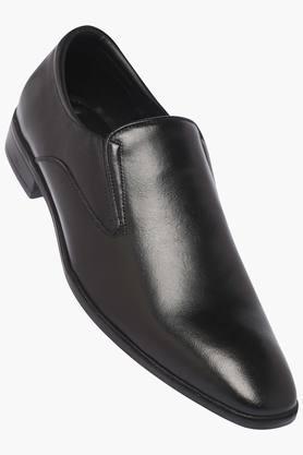 VETTORIO FRATINIMens Leather Slipon Loafers