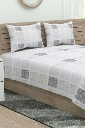 Four Reasons Checked Double Bedsheet with 2 Pillow Covers