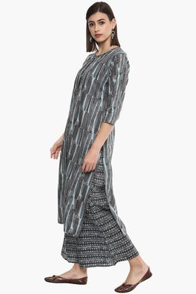Womens Abstract Kurta Set