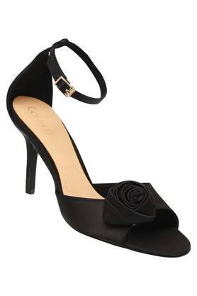 Womens Party Wear Buckle Closure Heels