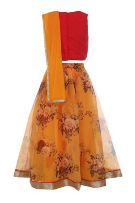 Girls Round Neck Embellished Ghaghra Choli Dupatta Set