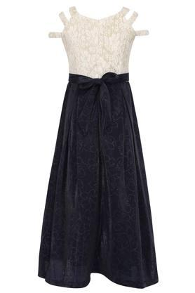 Girls Strappy Neck Lace Maxi Dress