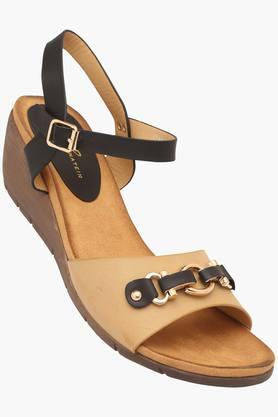 ELLIZA DONATEIN Womens Casual Wear Buckle Closure Wedges