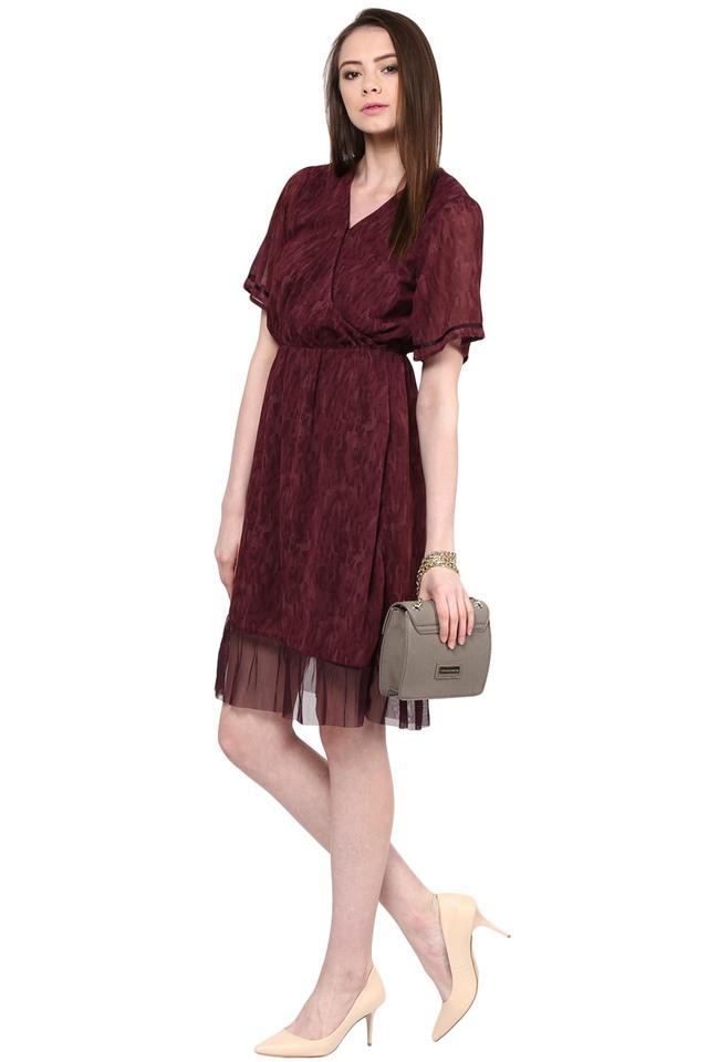 Womens Surplice Neck Printed Knee Length Dress