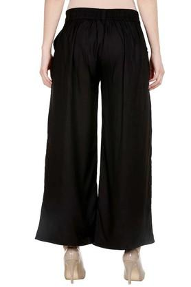 Womens 2 Pocket Solid Pleated Pants
