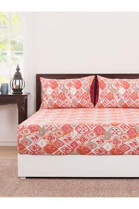 Abstract Double Bedsheet with 2 Pillow Covers