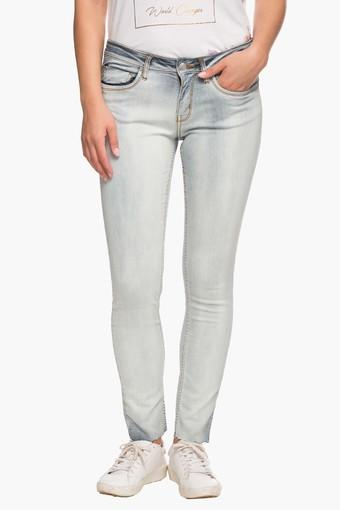 Womens 4 Pocket Heavy Wash Jeans