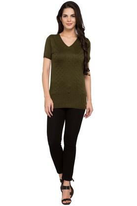 Womens V-Neck Knitted Pattern Top