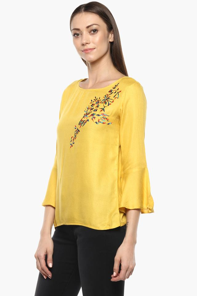 Womens Round Neck Solid Embroidered Top