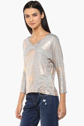 Womens V Neck Printed Shimmer Top