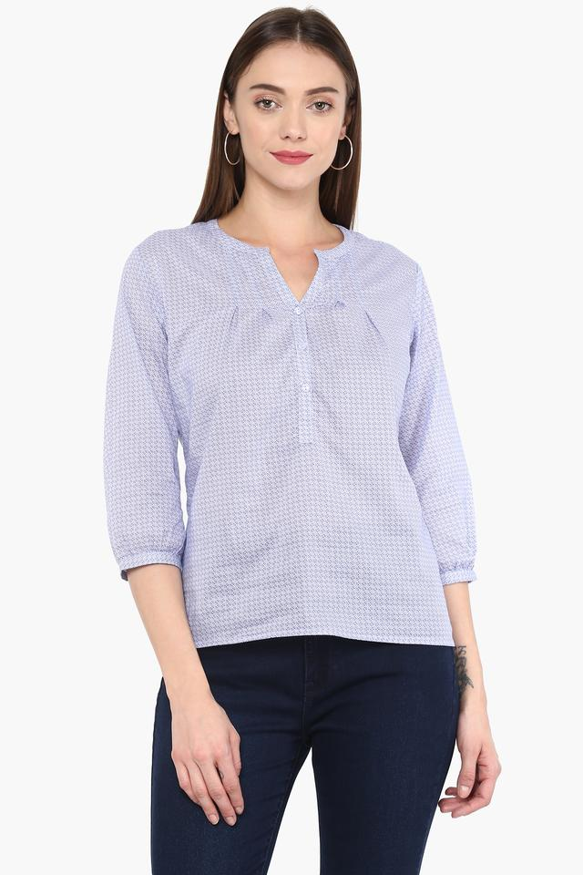 Womens Notched Solid Top
