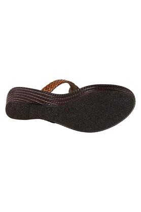 Womens Ethnic Wear Slip On Sandals