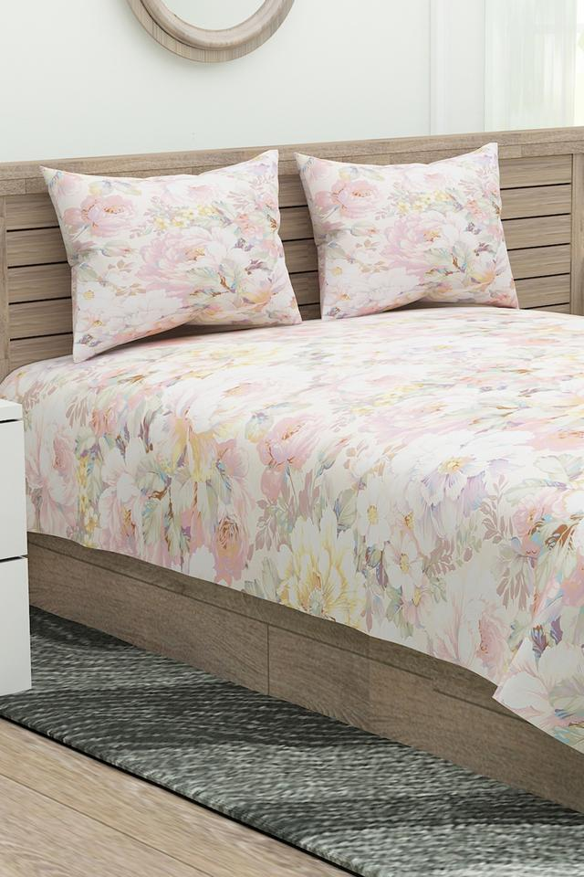 Four Seasons Floral Print Double Bed Sheet with 2 Pillow Covers