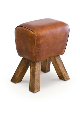 Colonial Maple Colonial Maple Amory Stool