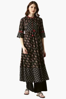 LIBAS Womens Cotton Printed Anarkali Kurta With Ethnic Jacket