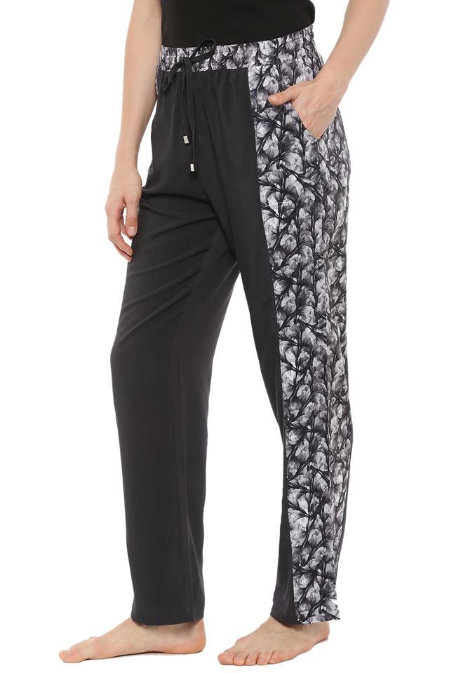 Womens 2 Pocket Solid Pyjamas