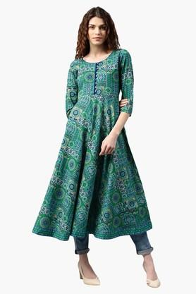 ac61402e5c5 Ethnic Wear For Women - Avail Upto 60% Discount on Womens Indian ...