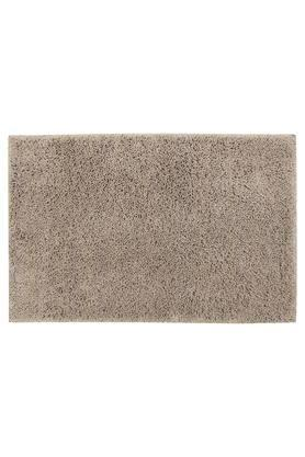 Solid Tufted Bath Mat