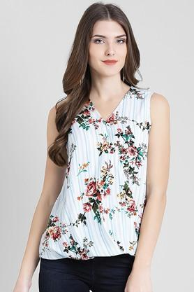 6109526a2f8e Ladies Tops - Get Upto 50% Discount on Fancy Tops for Women | Shoppers Stop
