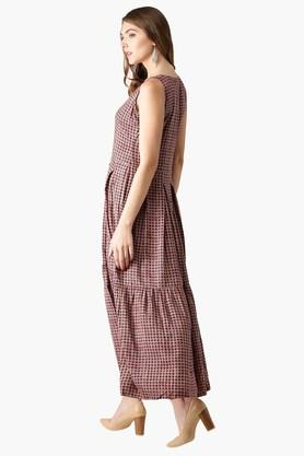Womens V- Neck Checks Anarkali Kurta