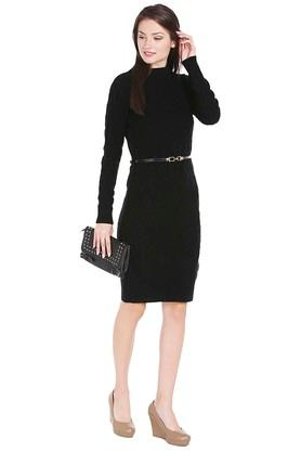 Womens Round Neck Knitted Pattern Sweater Dress