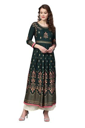 a37e3553ea8 Ladies Kurti - Get Upto 50% Off on Kurtas for Women