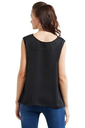 Womens Designer Neck Embroidered Top