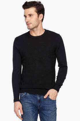 CALVIN KLEIN JEANSMens Regular Fit Round Neck Self Pattern Sweater