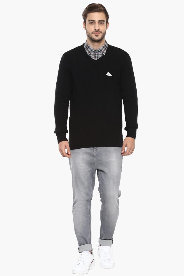 Mens V- Neck Solid Pullover