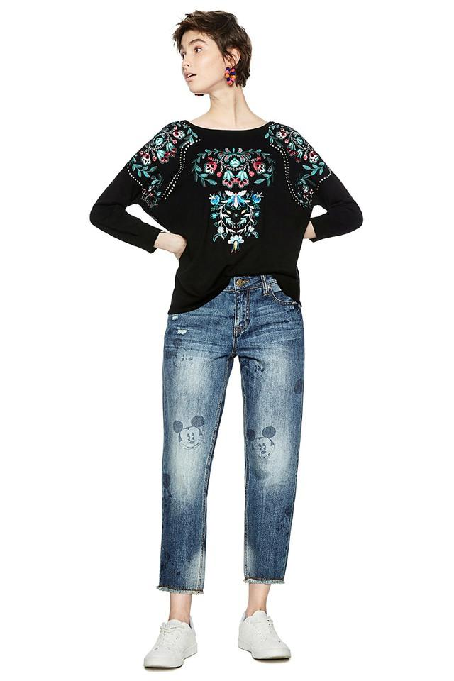 Womens Embroidered Pullover