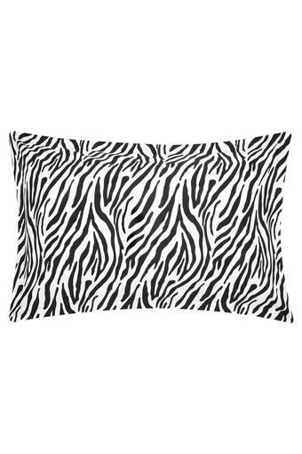 SWAYAM -  WhitePillow & Cushion Covers - Main