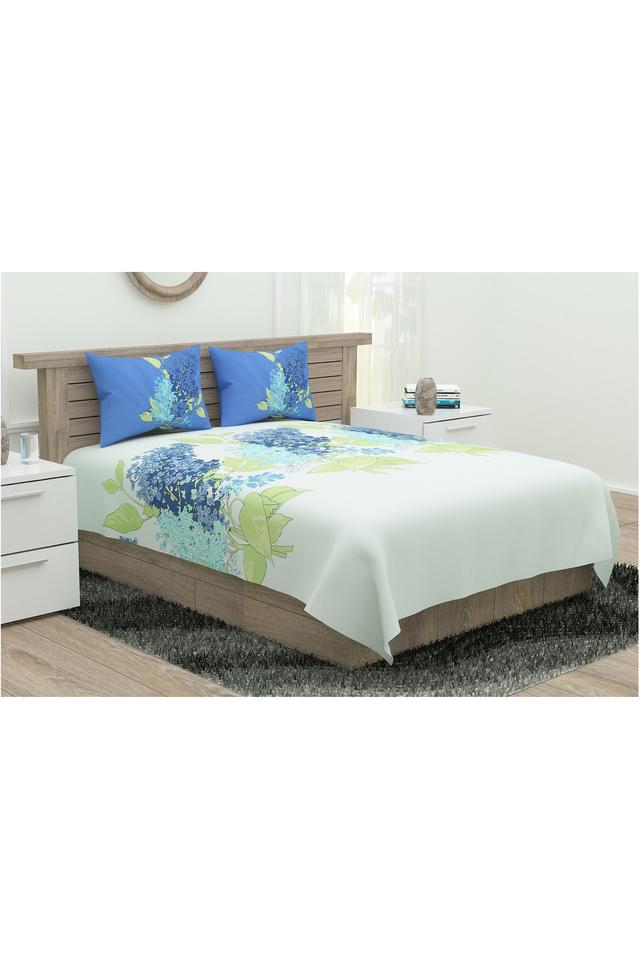 Lavender Printed King Bed Sheet with 2 Pillow Covers