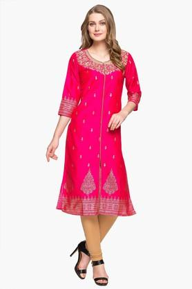 KASHISH Womens Round Neck Embroidered Kurta
