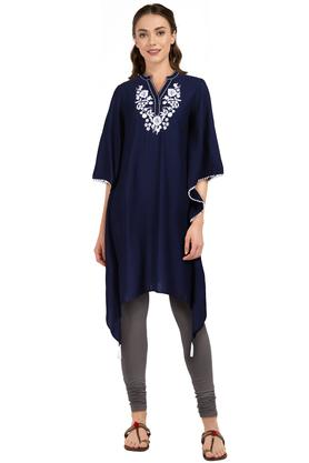 Womens Mandarin Collar Solid Embroidered Kaftan Kurta