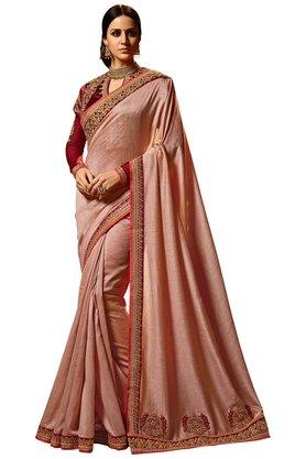 VRITIKAWomens Magic Silk Designer Saree With Blouse