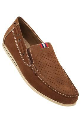 1ba68be5a452b Buy Venturini Shoes And Boots Online India | Shoppers Stop