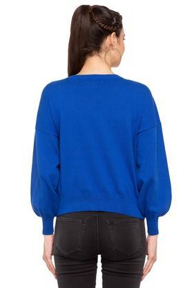 Womens Round Neck Applique Pullover
