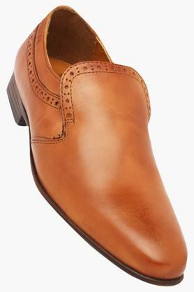 RED TAPE Mens Leather Slipon Loafers