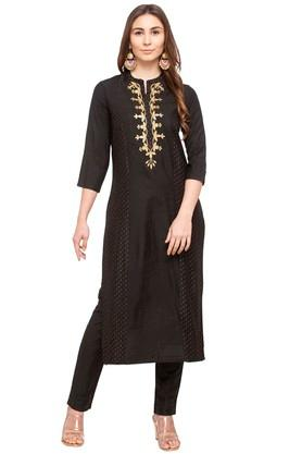 Womens Mandarin Collar Embroidered Kurta Pants Set